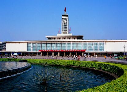 郑州旅游公司,河南旅游公司,郑州青年旅行社,长 沙火车站