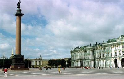郑州中青旅,河南中青旅,郑州旅行社,俄 罗斯圣彼得堡战神广场