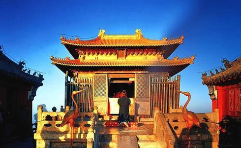 郑州旅游公司,河南旅游公司,郑州青年旅行社,武 当山金殿