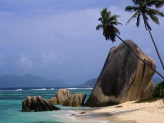 悠游海岛:海南三亚双飞五日游