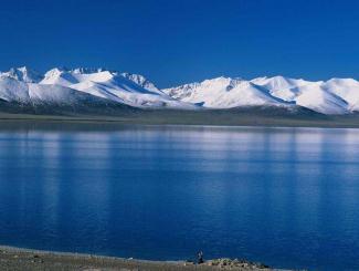 青海湖、塔尔寺、互助土族风情园、宁夏沙坡头、水洞沟、西夏风情
