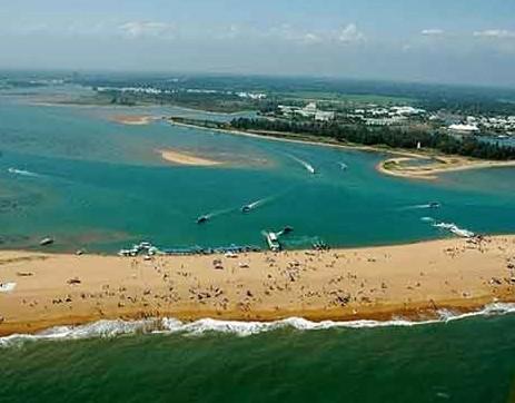 海南旅游景点之玉带滩