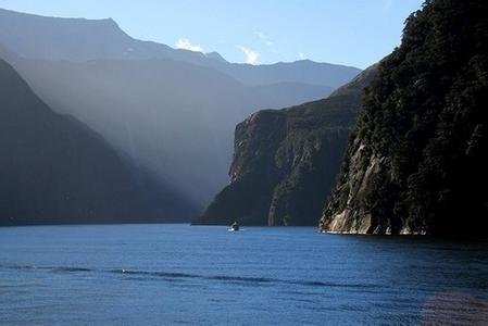 郑州青旅,河南青旅,河南旅行社,新 西兰峡湾国家公园