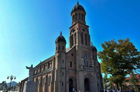 郑州旅游公司,河南旅游公司,郑州青年旅行社,韩 国明洞天主教堂