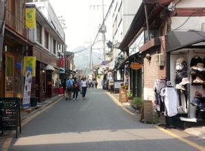 郑州旅游公司,河南旅游公司,郑州青年旅行社,韩 国三清洞文化街