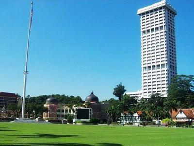 郑州旅游公司,河南旅游公司,郑州青年旅行社,马 来西亚独立广场