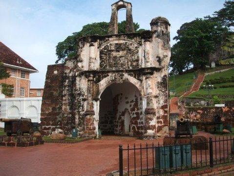 郑州旅游公司,河南旅游公司,郑州青年旅行社,马六甲圣地亚哥城堡