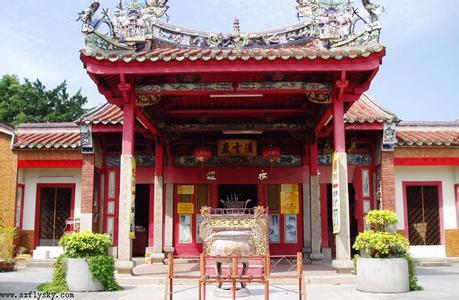 郑州旅游公司,河南旅游公司,郑州青年旅行社,槟榔屿蛇庙
