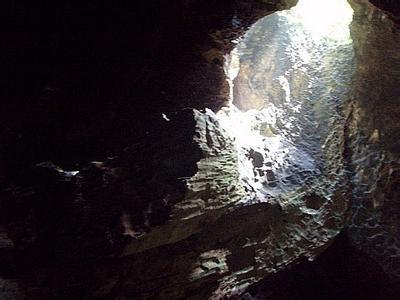 郑州旅游公司,河南旅游公司,郑州青年旅行社,沙 巴哥曼东洞穴