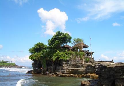 郑州旅游公司,河南旅游公司,郑州青年旅行社,巴 厘岛海神庙