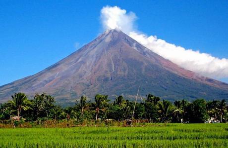 郑州旅游公司,河南旅游公司,郑州青年旅行社,菲律宾马荣火山