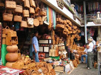 郑州旅游公司,河南旅游公司,郑州青年旅行社,乌布传统市场