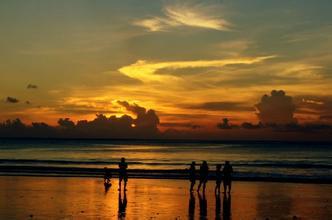 郑州旅游公司,河南旅游公司,郑州青年旅行社,金巴兰海滩