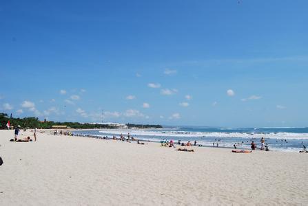 郑州旅游公司,河南旅游公司,郑州青年旅行社,库塔海滩