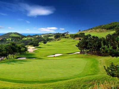 郑州旅游公司,河南旅游公司,郑州青年旅行社,抱威湖高尔夫球场