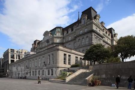 郑州旅游公司,河南旅游公司,郑州青年旅行社,加拿 大蒙特利尔市政厅