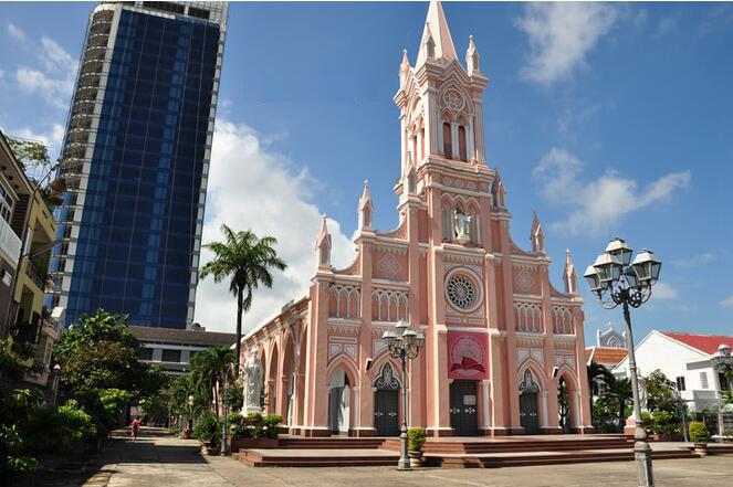 河南旅行社,郑州旅行社,岘  港大教堂