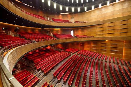 郑州旅游公司,河南旅游公司,郑州青年旅行社,重 庆大剧院